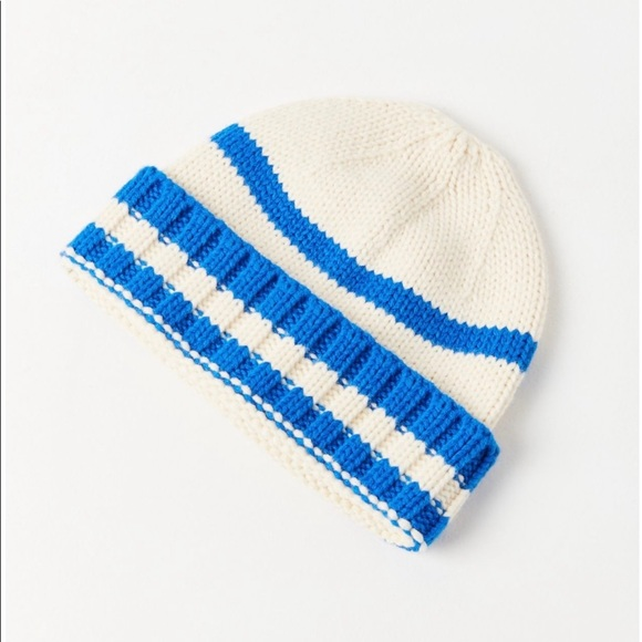 82615bb6b02 NWT Urban Outfitters Sven Striped Beanie